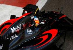 Alonso critica a los comisarios por su sanción en el Gran Premio de Abu Dhabi