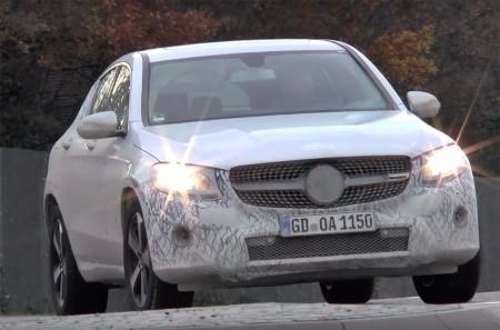 El Mercedes GLC Coupé Plug-in Hybrid 2016 descubierto en fase de pruebas