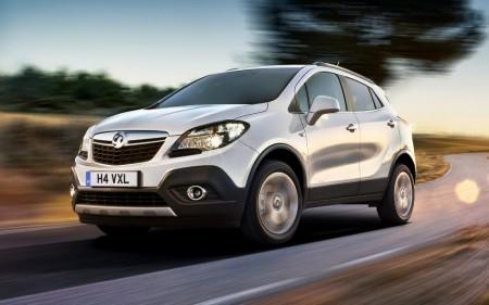 Reino Unido - Noviembre 2015: El Opel Mokka se estrena en el Top 5