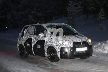 Descubrimos al Opel Meriva 2017 en sus test invernales