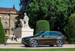 Llega el Mercedes GLC 250 4MATIC, la versión gasolina del SUV alemán