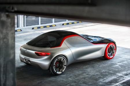 El Opel GT Concept descubre su interior