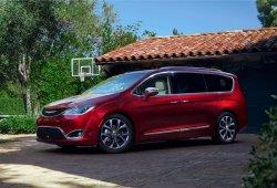 Google y FCA acuerdan construir un Chrysler Pacifica autónomo