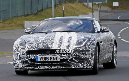 Jaguar trabaja en un F-Type de acceso con motor de cuatro cilindros