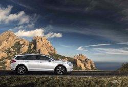 La gama del Citroën C5 se pone al día con más equipamiento