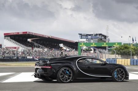 El Bugatti Chiron debuta dinámicamente en Le Mans a más de 380 km/h