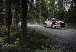 Kris Meeke acaricia el triunfo en el Rally de Finlandia