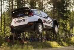 Tänak y Mikkelsen comparten liderato del Rally de Finlandia