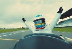 Las leyendas de McLaren se retan entre sí: ¡elige piloto y cámara!