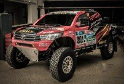El Toyota Hilux V8 del Dakar se convierte en buggy