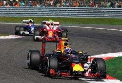 """Ricciardo sigue en racha y Verstappen responde a Räikkönen: """"Es rídiculo, una gran mentira"""""""