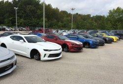 Roban 250.000 dólares en llantas a un concesionario Chevrolet de Texas, EEUU