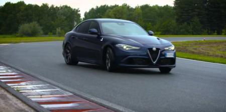 Alfa Romeo Giulia QV con Chris Harris al volante, en los nuevos vídeos de Top Gear