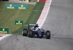 Hamilton gana, pero Rosberg no falla