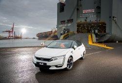 El primer Honda Clarity Fuel Cell llega a Europa para promover el uso del hidrógeno