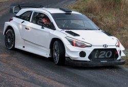 El Hyundai i20 WRC de 2017 queda casi al descubierto