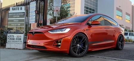 Unplugged Performance desvela su paquete de mejoras para el Tesla Model X