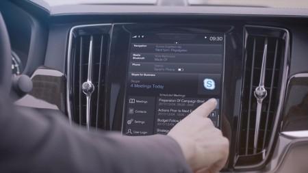 Volvo incorpora Skype a la Serie 90: mejorando la productividad al volante