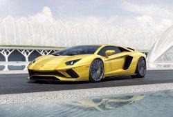 Lamborghini estudia lanzar un cuarto modelo: un superdeportivo compacto