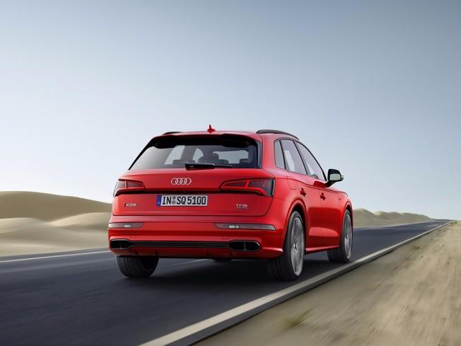 Audi SQ5 2017 - posterior