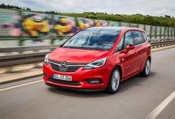 España - Enero 2017: El Opel Zafira da la sorpresa