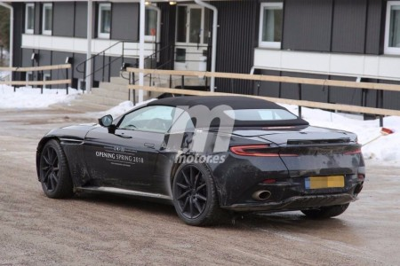 Aston Martin DB11 Volante 2018: continúa el desarrollo de la variante descapotable