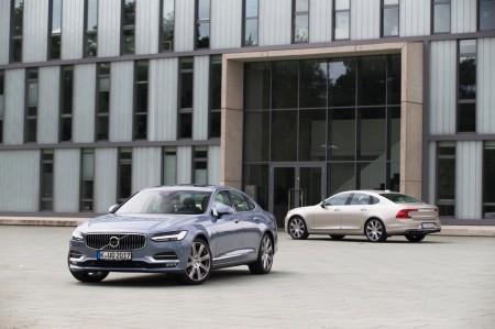 Suecia - Enero 2017: El Volvo S90 por fin encuentra su camino