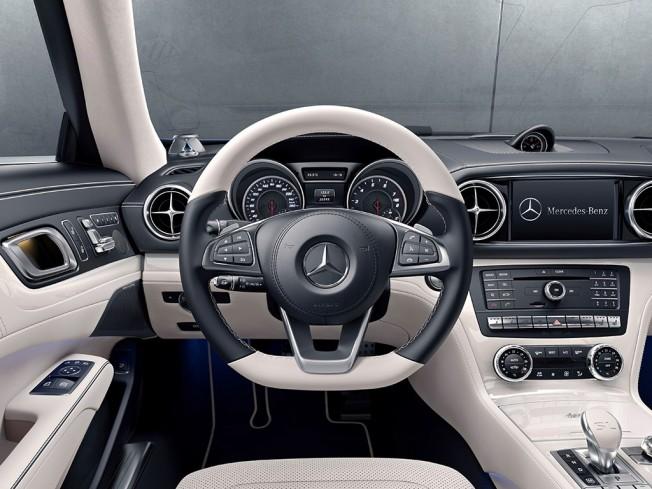 Mercedes SL designo Edition - interior