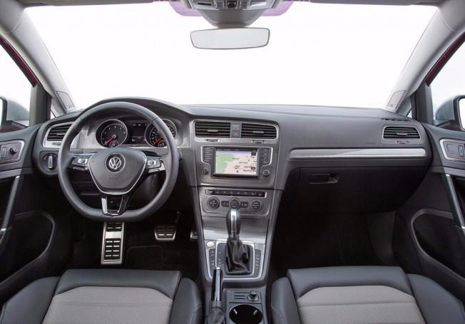 Volkswagen Golf Alltrack 2017 - interior