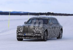 El Rolls-Royce Phantom 2018 aprovecha los últimos días de las pruebas de invierno