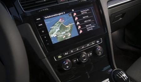Con Car-Net, el Volkswagen Golf entra en la era del coche conectado