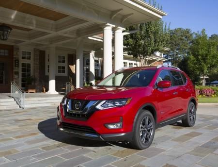 Estados Unidos - Febrero 2017: El Nissan Rogue (X-Trail) está en alza