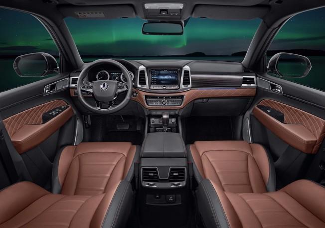 SsangYong Rexton 2018 - interior