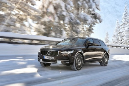 Suecia - Marzo 2017: El Volvo V90 Cross Country es la clave