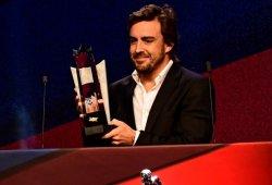 """Fernando Alonso: """"Taku, ¡la próxima vez quiero tu motor!"""""""