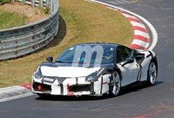 El Ferrari 488 GTB híbrido se deja ver desde más cerca