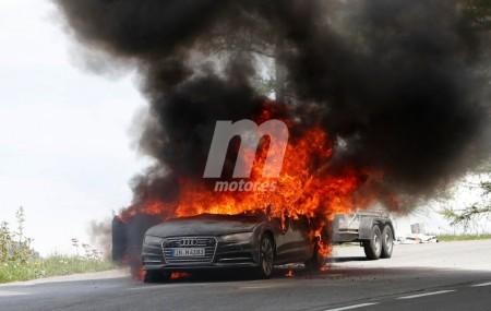 ¡Nos vamos de barbacoa! Arde una mula del Audi A7 Sportback 2018