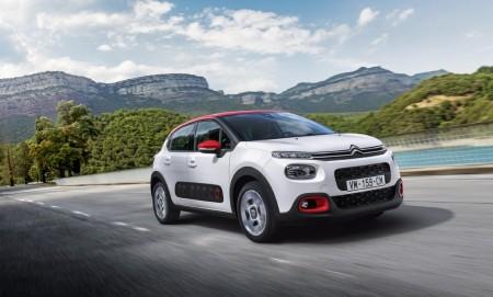 Francia - Mayo 2017: Citroën C3 y Renault Scenic, en su mejor momento