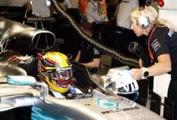 Un cable de fibra óptica, causante del apagón informativo en el box de Mercedes