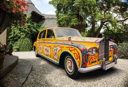 El excéntrico Rolls-Royce Phantom V de John Lennon vuelve a casa