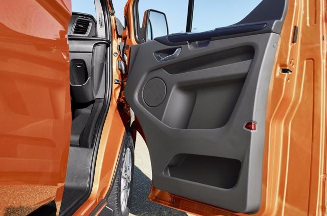 Ford Transit Custom 2018 - puerta