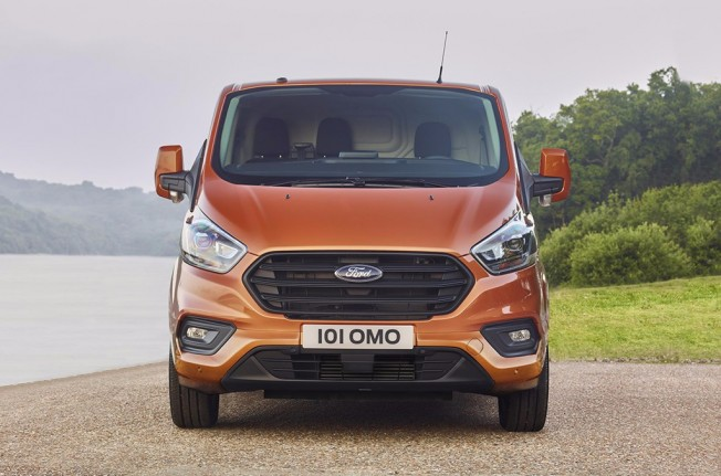 Ford Transit Custom 2018 - frontal