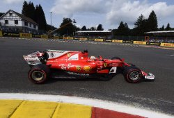 Vettel alcanza la primera línea gracias al rebufo de Räikkönen