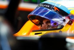 Alonso niega haber exigido a McLaren que rompa con Honda