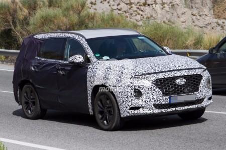 El Hyundai Santa Fe 2018 pierde camuflaje y revela interesantes detalles