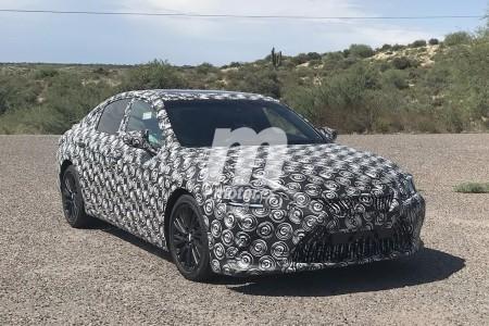 El nuevo Lexus ES 2019 se deja ver en público por primera vez en Arizona