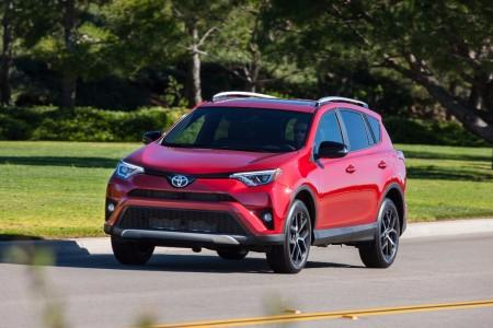 Estados Unidos - Julio 2017: El Toyota RAV4 hace historia