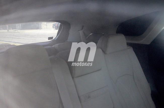 Lexus RX L 2018 - foto espía interior