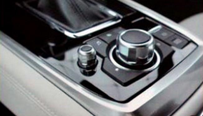 Mazda CX-8 2018 - interior