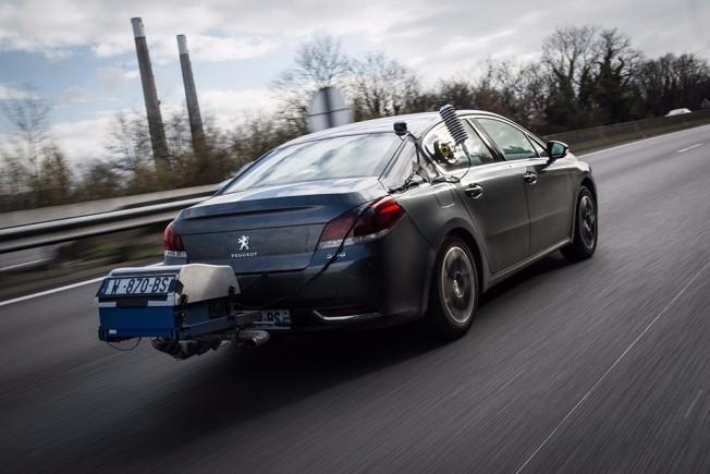 Prueba de consumo y emisiones de Peugeot